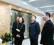 杭州钱塘新区管委会副主任李国梅一行来我司调研